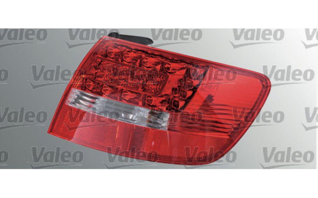REAR RIGHT BACK LIGHT LAMP VALEO VAL043847