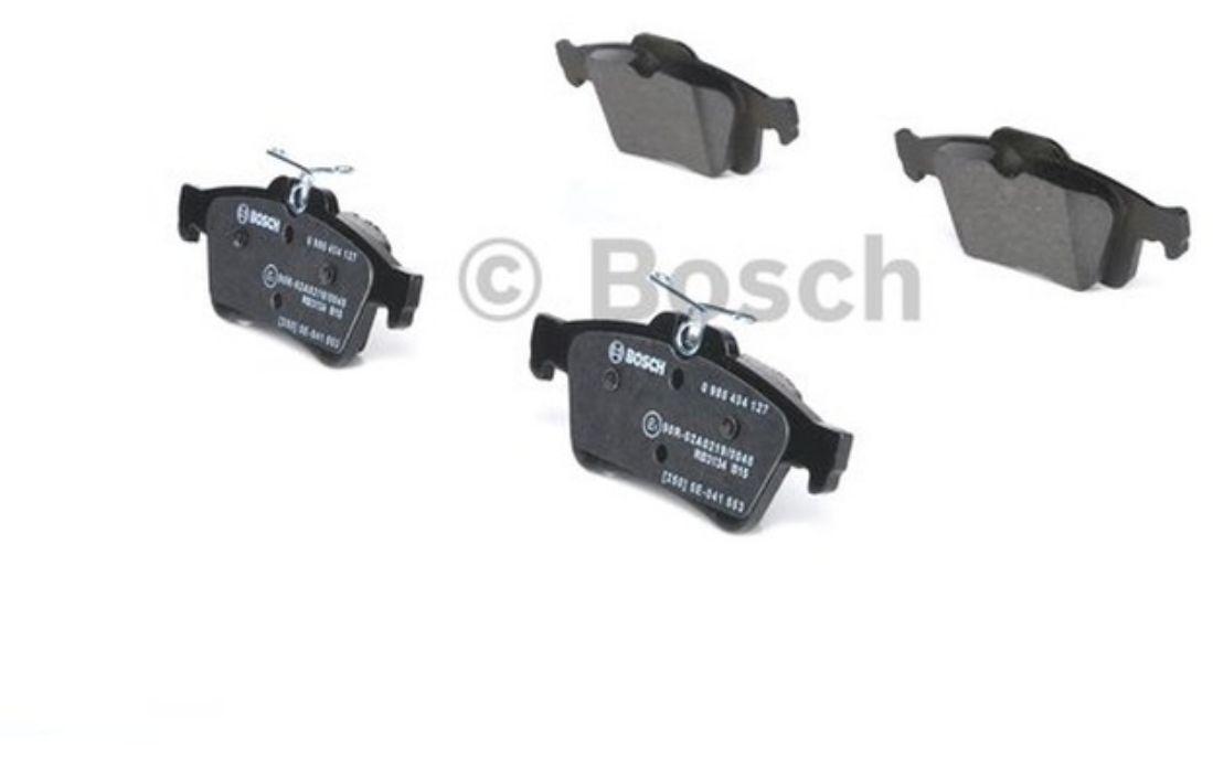 4x BOSCH Rear Brake Pads For MAZDA 3